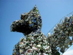 The recycled art sculptures of Rob Watt and Eliot Money